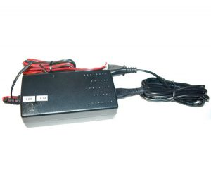 Charger for 12 – 16,8 V NiMH battery packs